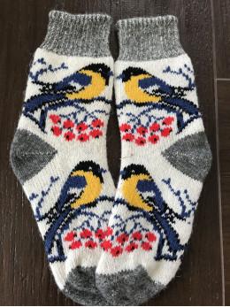 Ангорові жіночі носки з синичкою на білому