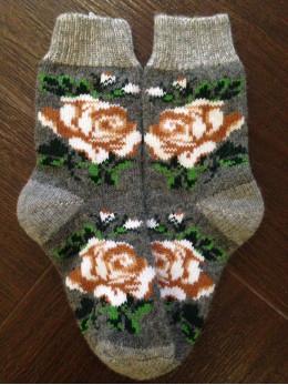 Ангорові жіночі носки з розою бежево-білою на сірому
