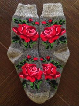 Ангорові жіночі носки з розою червоною на сірому