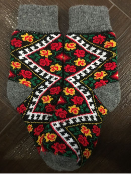 Ангорові жіночі носки вишивка буковинська