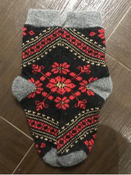 Ангорові жіночі носки вишивка червоно-золота