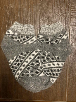Ангорові жіночі слідки вишивка сіра
